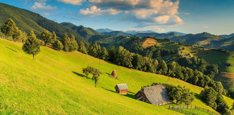 Landschaft In Rumänien  Wandern in Rumänien Vielseitige Landschaft und jede Menge