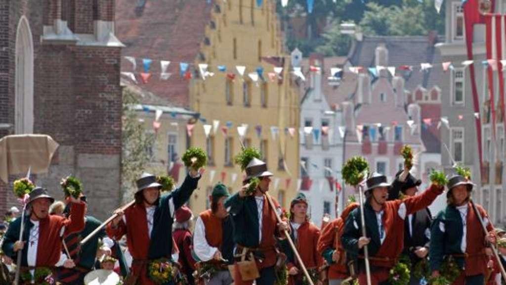 Landshuter Hochzeit Programm  Landshuter feiern wieder ihre Hochzeit von 1475