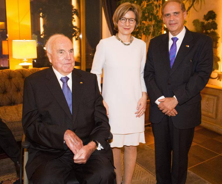 Maike Kohl-Richter Hochzeit  Helmut Kohl mit seiner Frau Maike