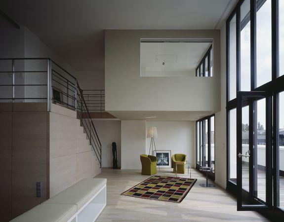 Maisonette Wohnung  Penthouse Maisonette Wohnung Wohnbereich townhouse v19