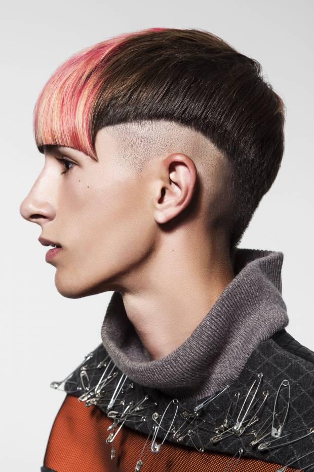 Metal Frisuren  METAL Frisuren Kollektion von Salones Carlos Valiente