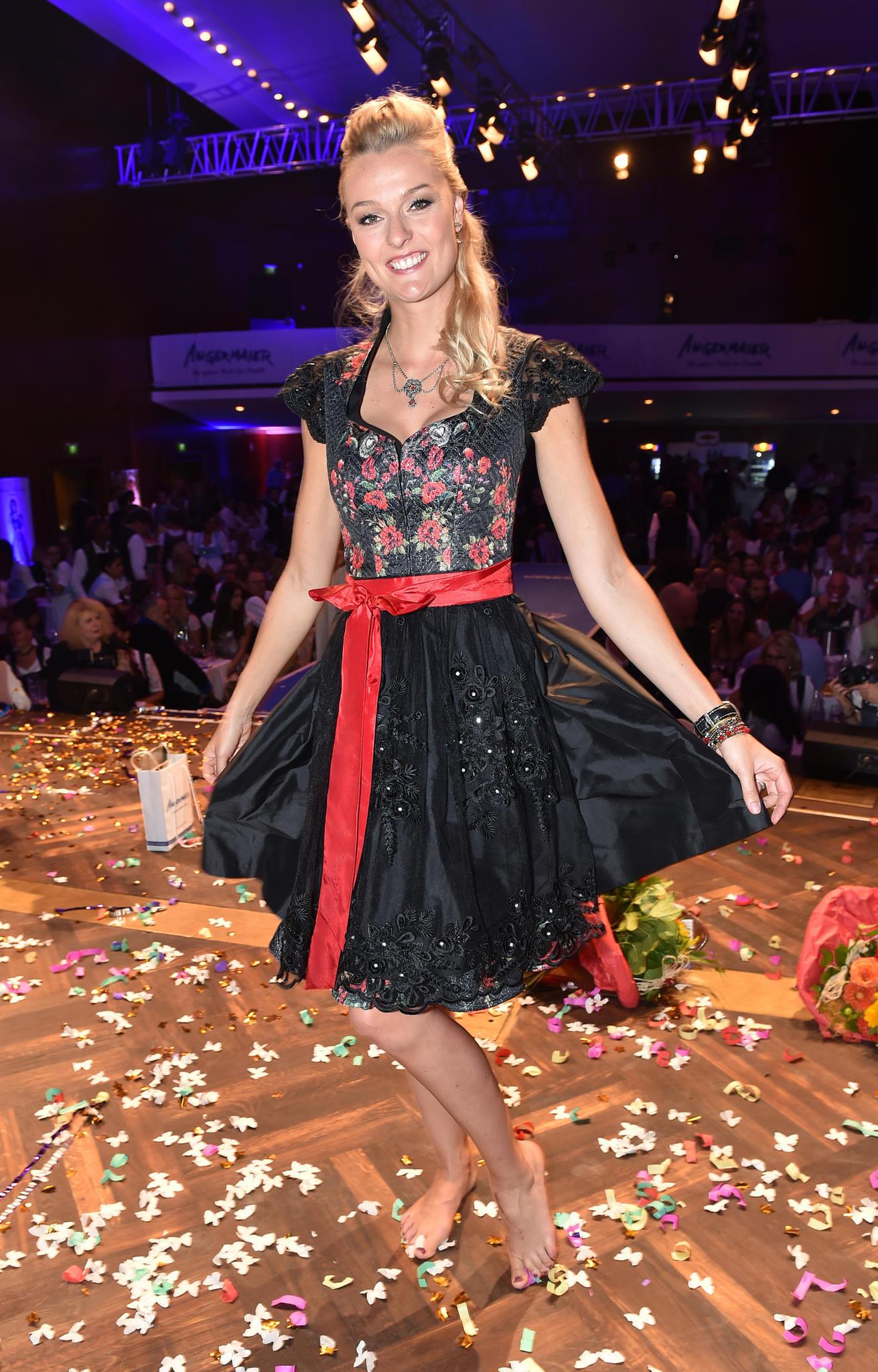 Miriam Höller Hochzeit  Miriam Höller Starporträt News Bilder