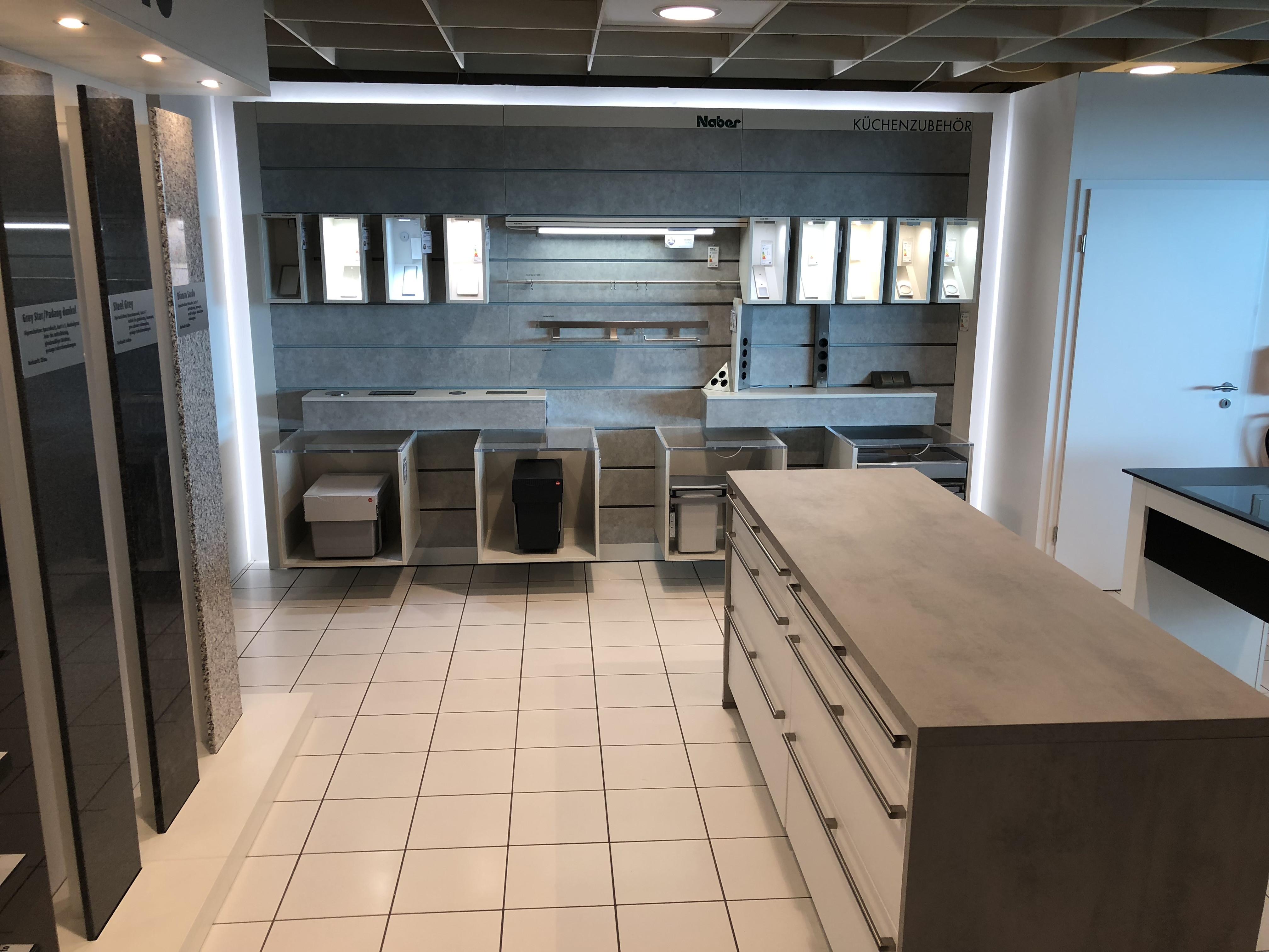Möbel Hausmann Bergheim  Große Neueröffnung der Küchenabteilungen Möbel Hausmann