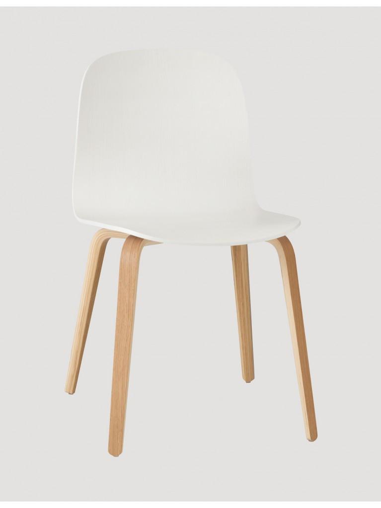 Muuto Stuhl  Muuto Visu Stuhl mit Holzgestell