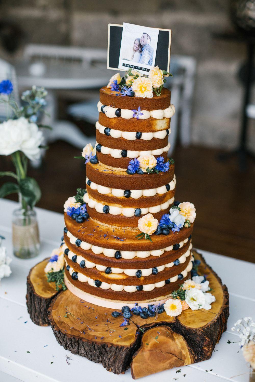 Naked Cake Hochzeitstorte  cake essbare blüten hochzeit