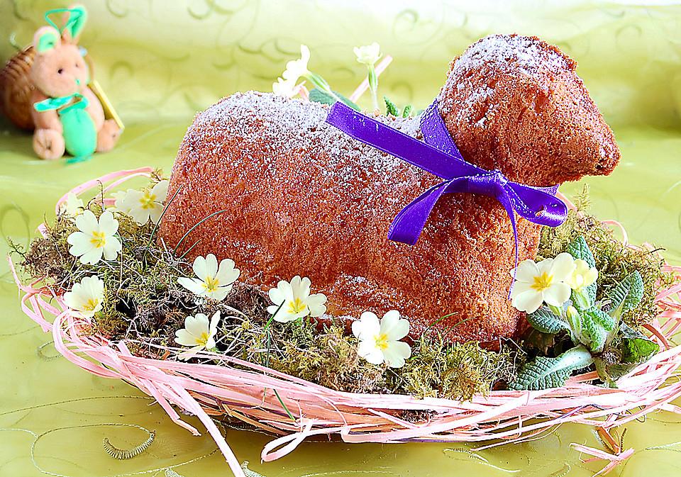 Osterlamm Kuchen  Osterlamm und Osterhase von LollirockStar