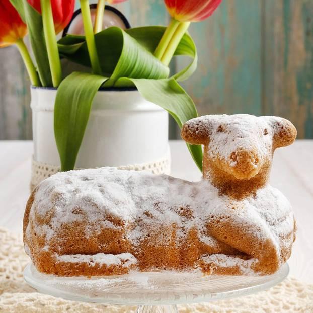 Osterlamm Kuchen  Osterlamm Bedeutung und Tradition