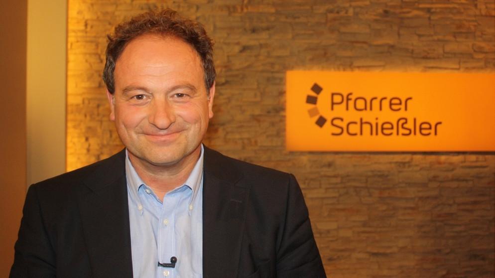 Pfarrer Schießler Hochzeit  Pfarrer Schießler Gäste & Geschichten