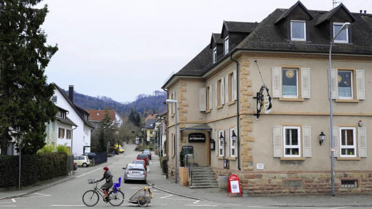 """Pizza Haus Freiburg  Gasthaus """"Zur Schneeburg"""" Einst gab's eine Hausbrauerei"""