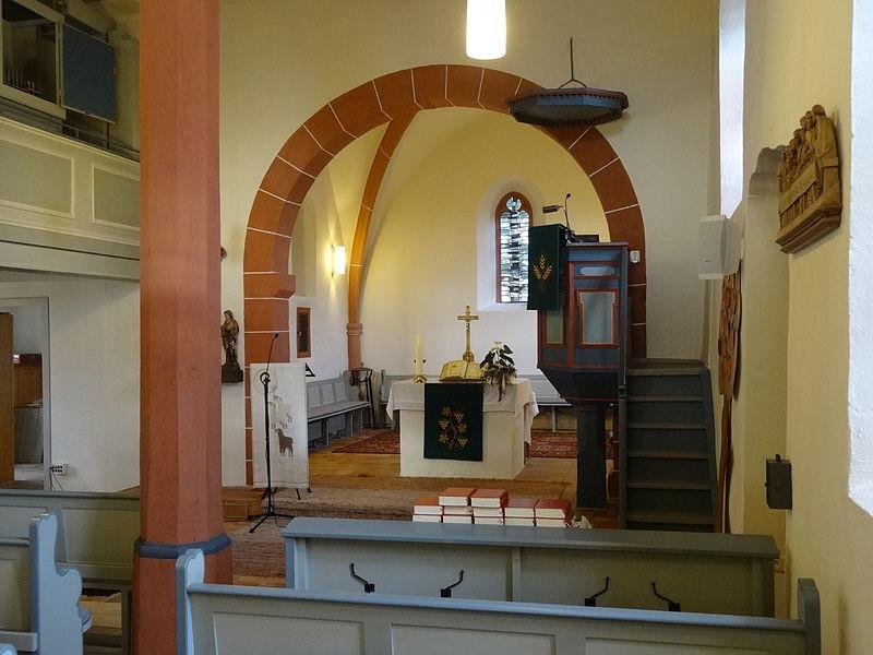 Pohlheim Hausen  File Evangelische Kirche Hausen Pohlheim 33 JPG