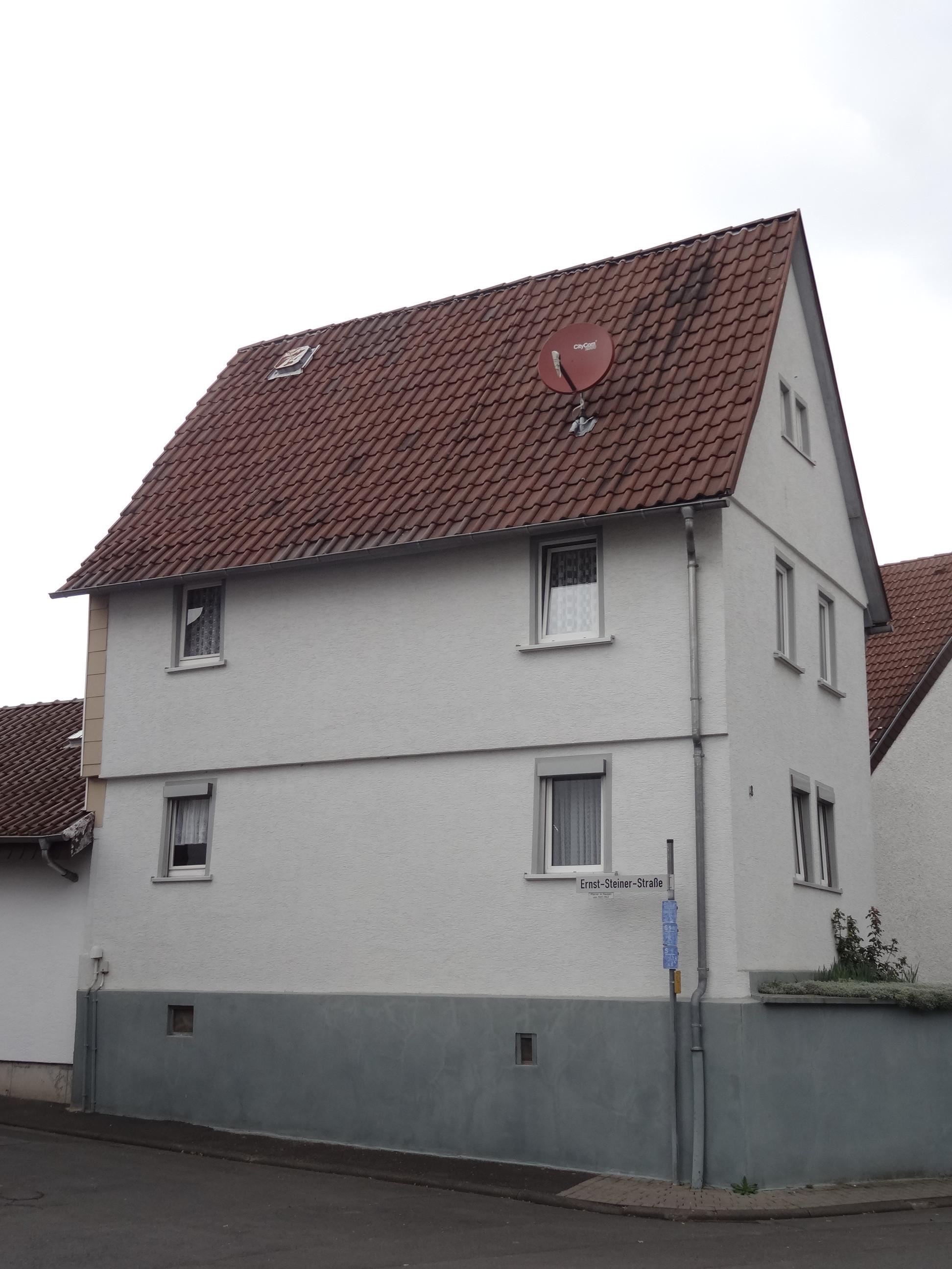Pohlheim Hausen  File Bachstraße 8 Hausen Pohlheim 02 JPG Wikimedia