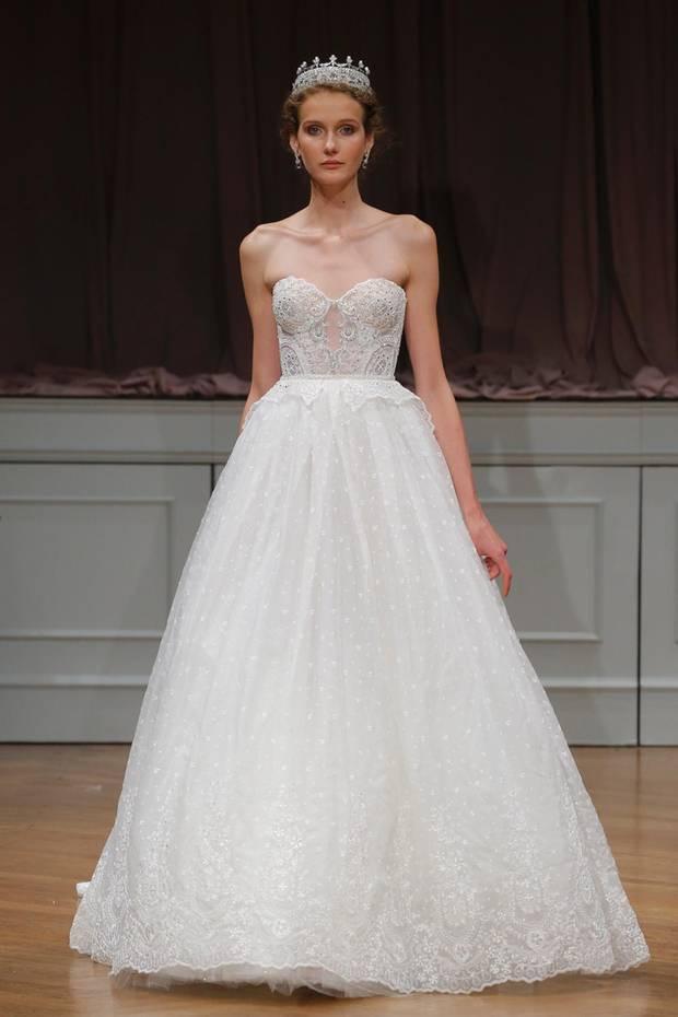 Prinzessinnenkleid Hochzeit  Die perfekten Brautkleider für unsere verlobten Promi