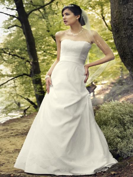 Prinzessinnenkleid Hochzeit  Hochzeit 2012 Lange Brautkleider mit Stil