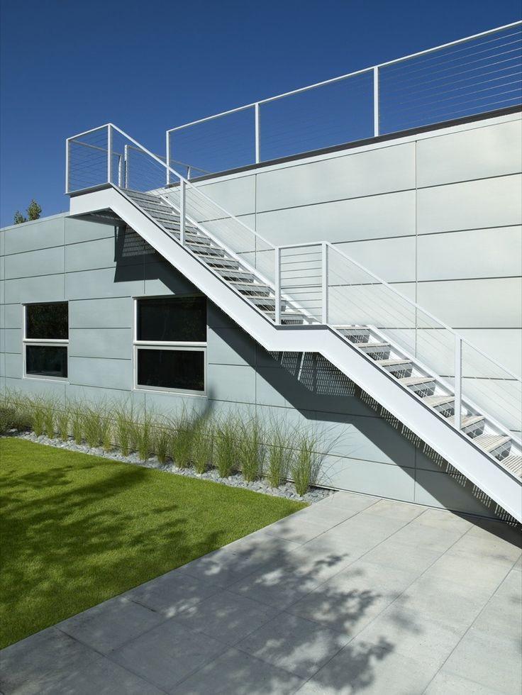 Rotes Haus Friedrichshafen  25 best ideas about Stahltreppen Außen on Pinterest