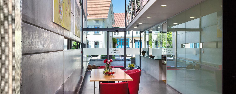 Rotes Haus Friedrichshafen  Rezeption Hotel Rotes Haus in Überlingen am Bodensee