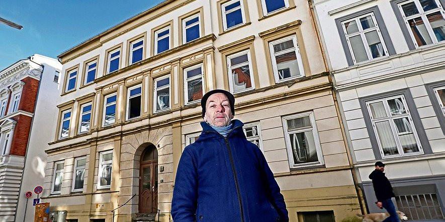 Saga Wohnungen Hamburg  Sanierungs Irrsinn Seit Jahren Saga lässt Wohnungen