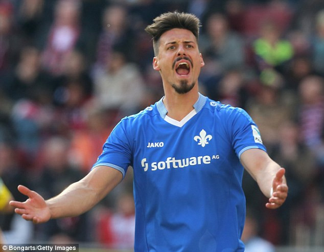 Sandro Wagner Hochzeit  Sandro Wagner will reject a potential Bayern Munich move