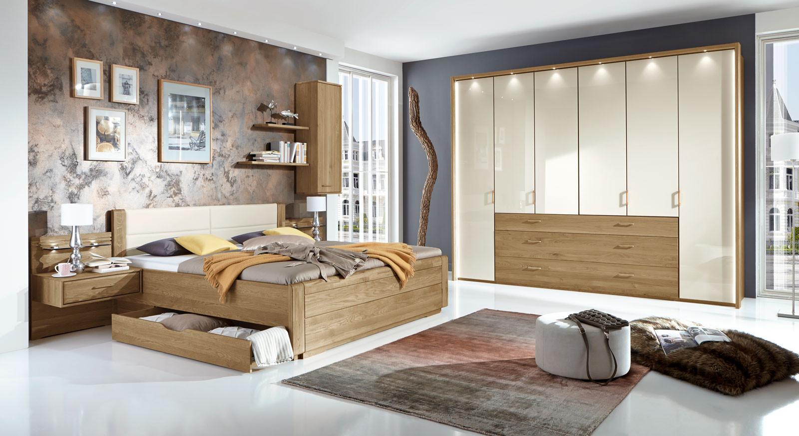 Schlafzimmer Farben  Teilmassives Schlafzimmer komplett mit Schubkastenbett