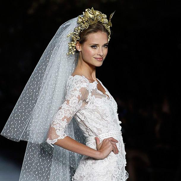 Schleier Hochzeit  Brautfrisuren mit Schleier So setzt du deinen Schleier in