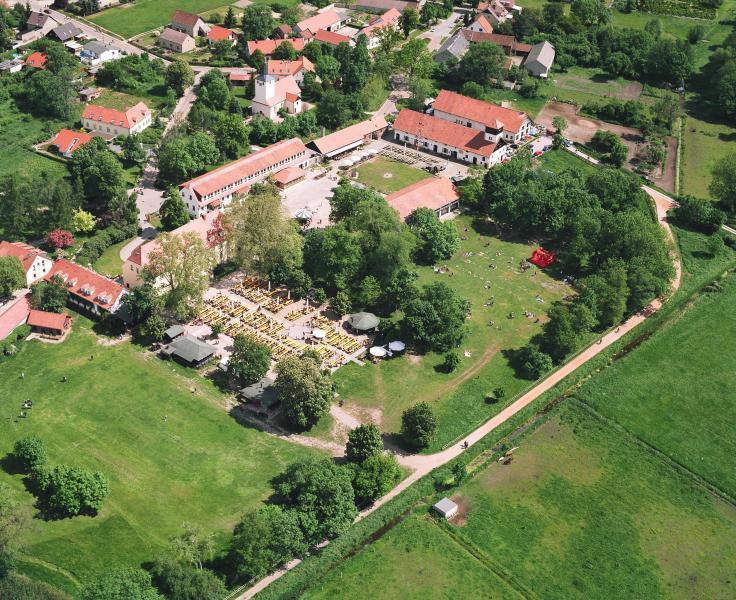 Schloss Diedersdorf Hochzeit  Schloss Diedersdorf Romantische Hochzeitslocations in