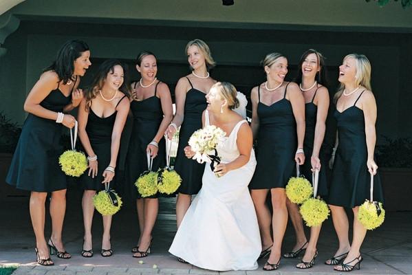 Schwarzes Kleid Hochzeit  Kleines Schwarzes zur Hochzeit Hip oder NoGo Diekleider