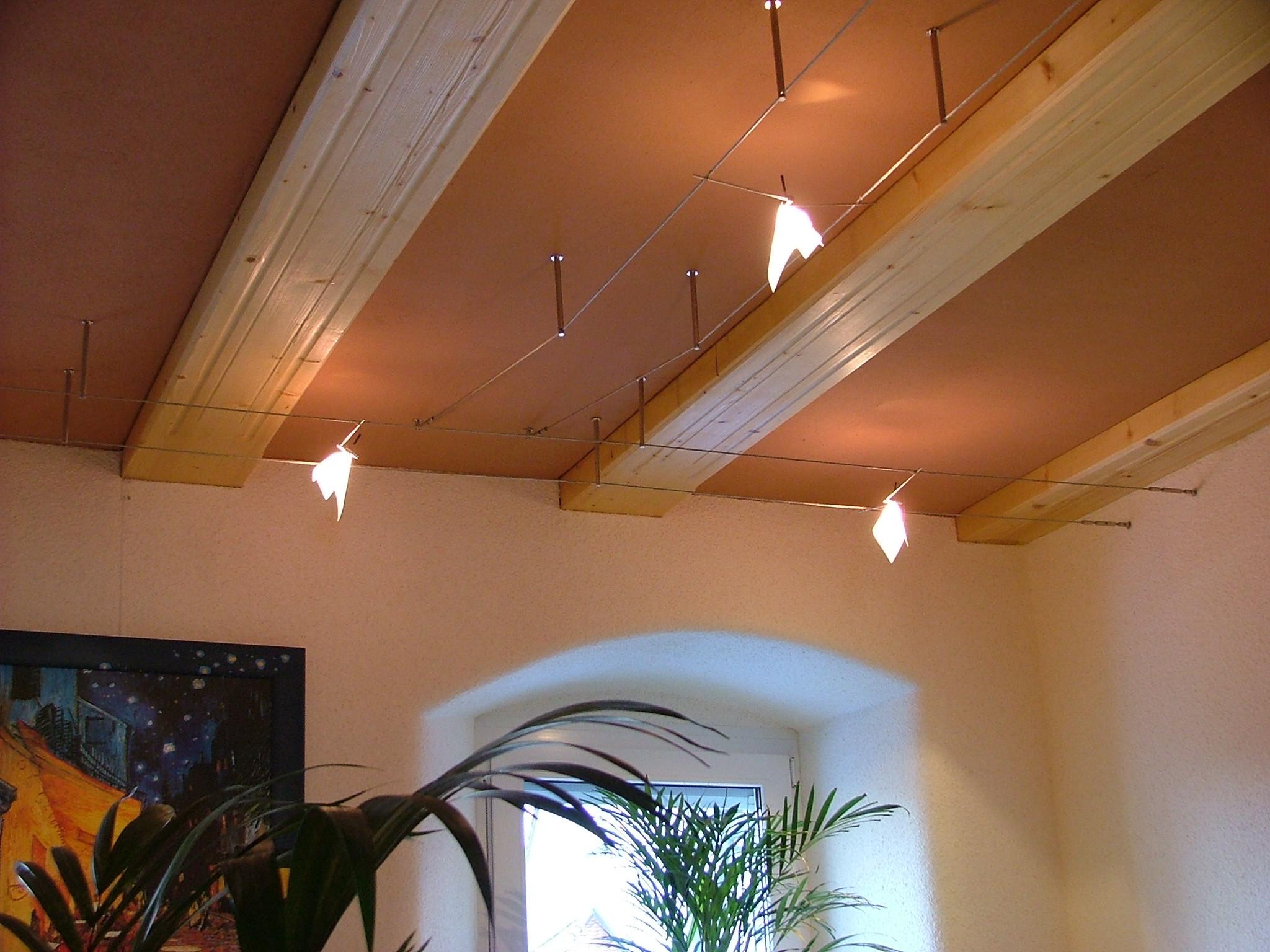 Seilsysteme Beleuchtung  Beleuchtung am Balken