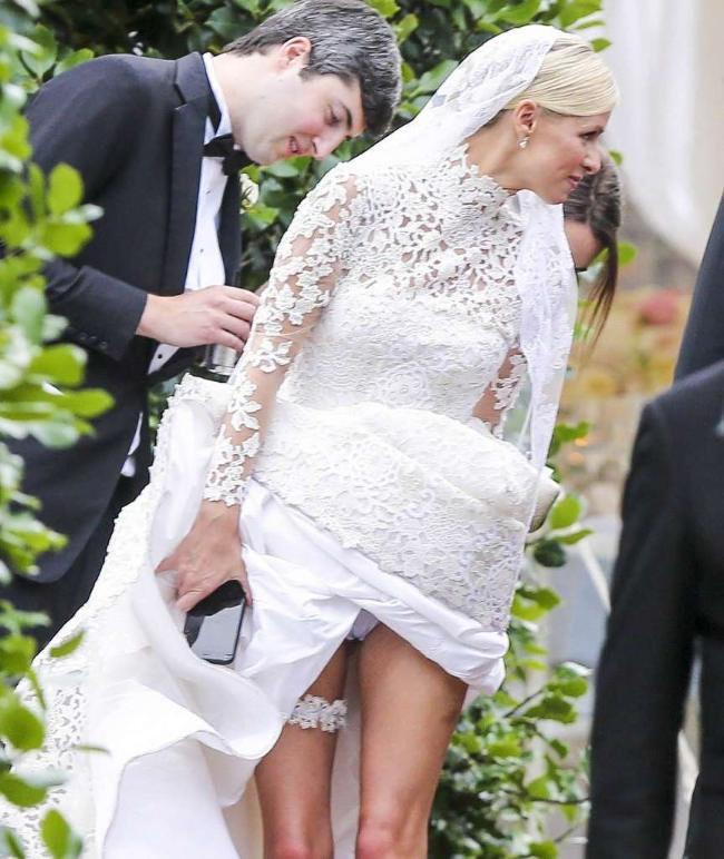 Sexy Hochzeitskleid  Nicky hilton strumpfband show im hochzeitskleid