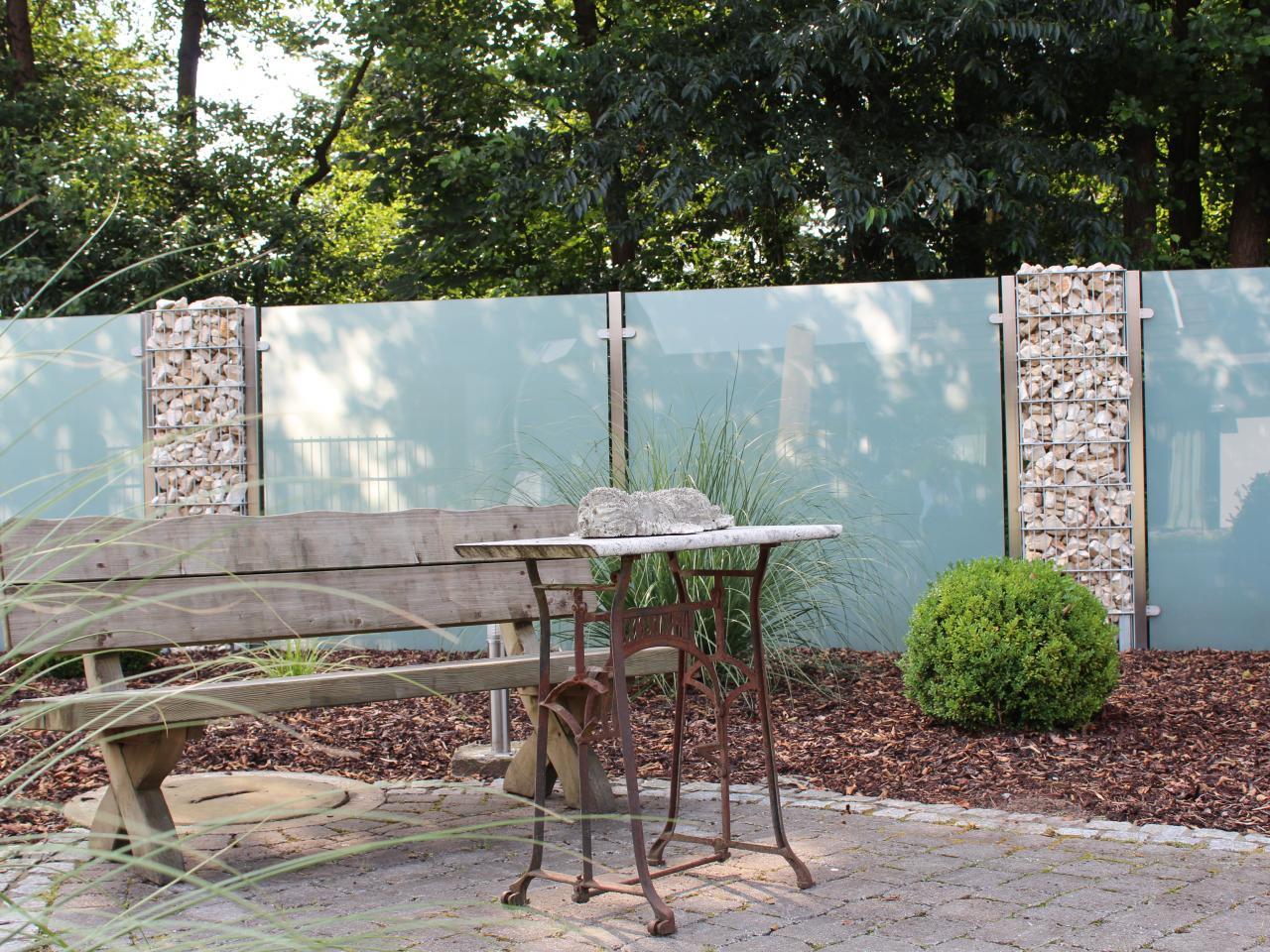 Sichtschutz Im Garten  Sichtschutz aus Glas für den Garten