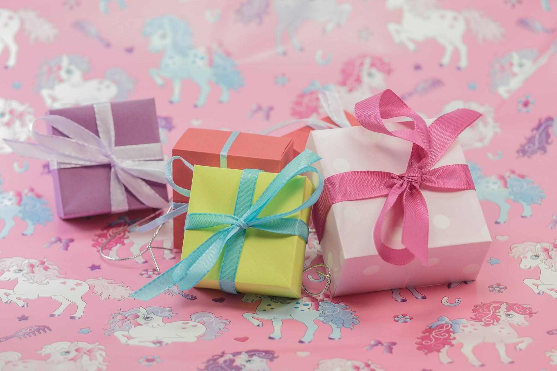 Sinnvolle Geschenke Zur Geburt  Phasen der Geburt Anzeichen und Ablauf