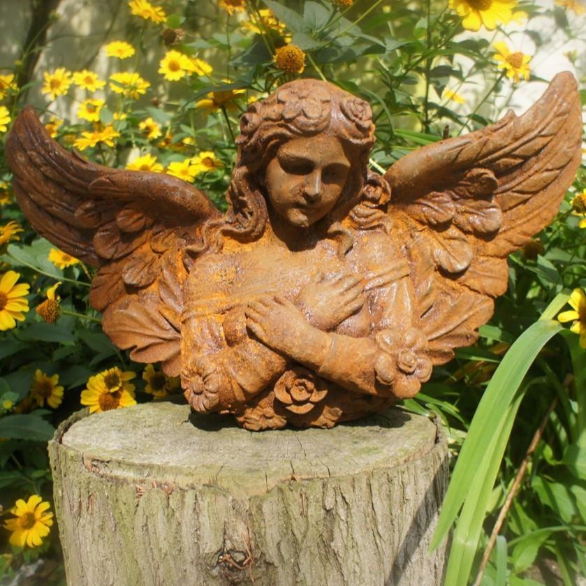 Skulptur Garten  Gründerzeitliche Wandfigur Engel Skulptur Wandengel