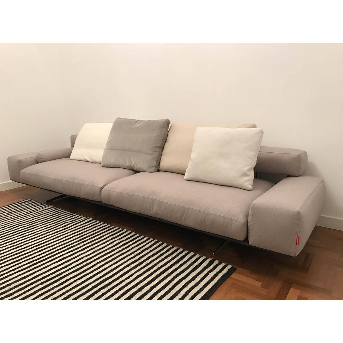 Sofa Outlet  Flexform Wing Sofa Outlet
