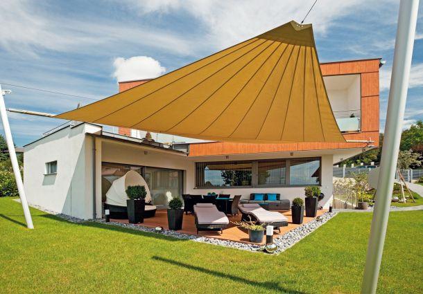 Sonnenschutz Für Terrasse  Schattenspender Sonnenschutz auf Balkon und Terrasse