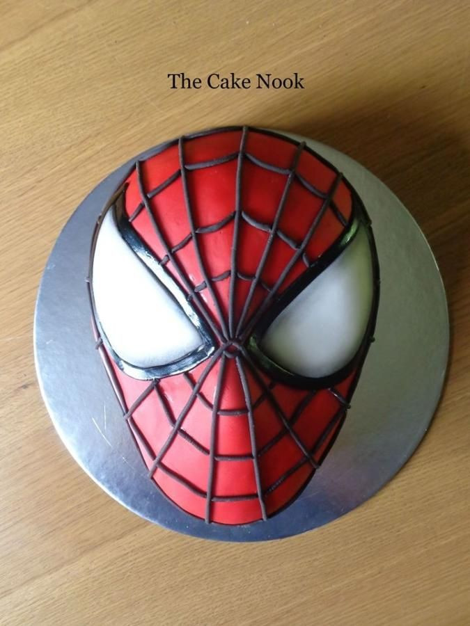 Spiderman Kuchen  Spiderman cake by Zoe Robinson