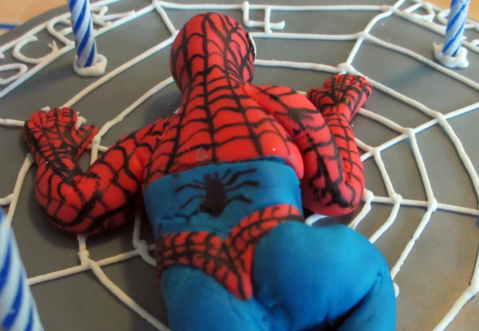Spiderman Kuchen  Spiderman Motivtorte