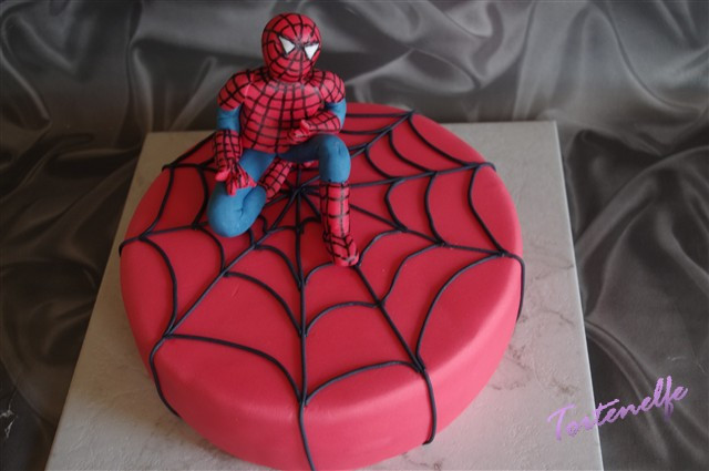 Spiderman Kuchen  Tortenelfes Blog Backe backe Kuchen Spiderman