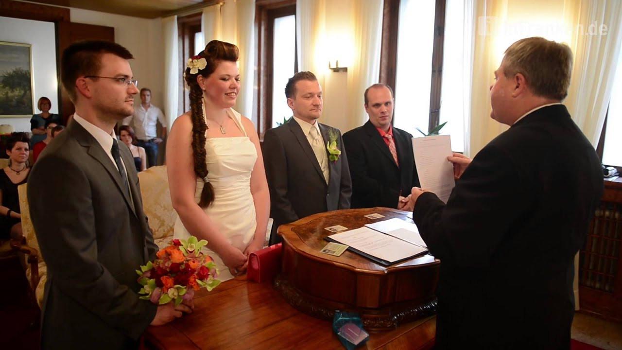 Standesamt Hochzeit  Eine Trauung im Standesamt Bamberg