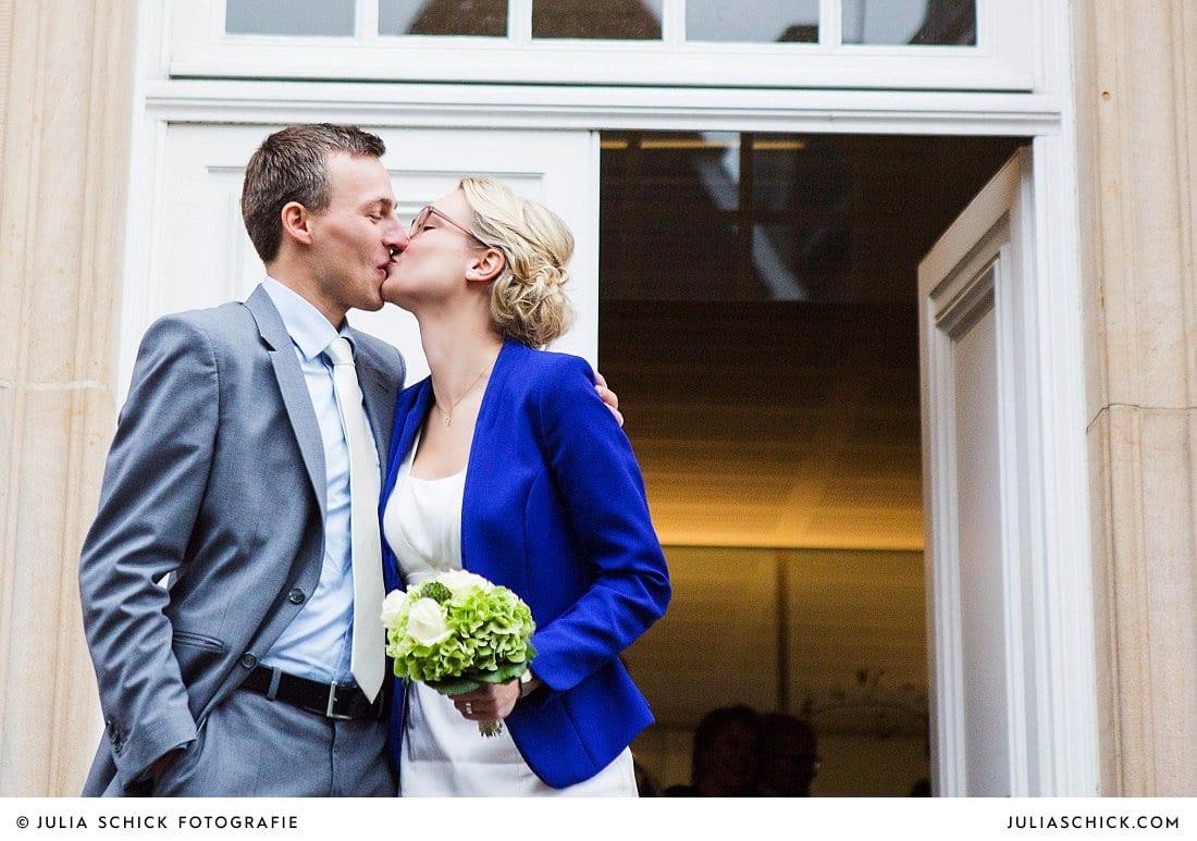 Standesamtliche Hochzeit  Standesamtliche Hochzeit im Lotharinger Kloster Julia Schick