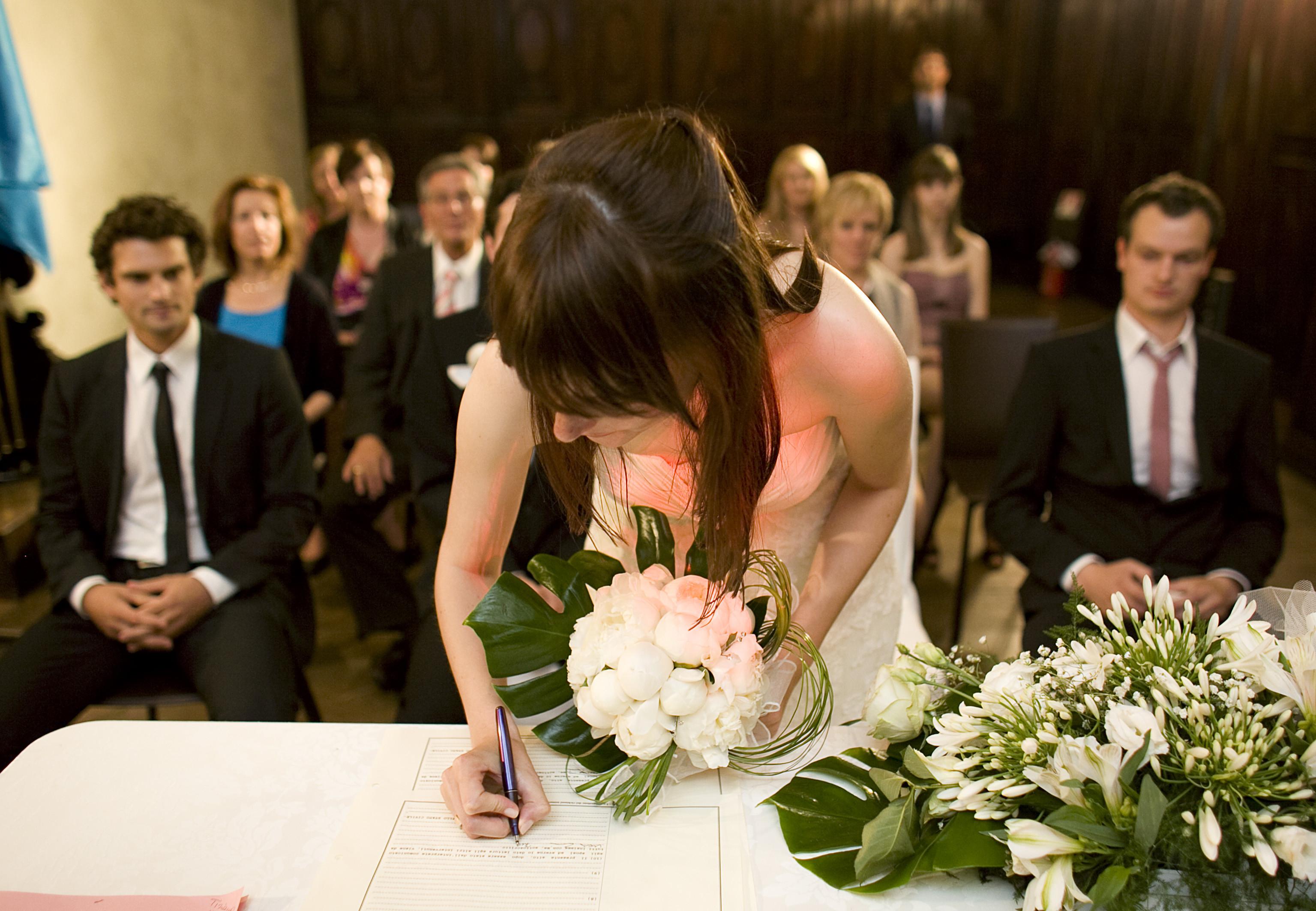 Standesamtliche Hochzeit  Standesamtliche Hochzeit in Norditalien