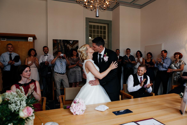 Standesamtliche Hochzeit  Hochzeitsfotos standesamtliche Trauung Fotograf für Ihre