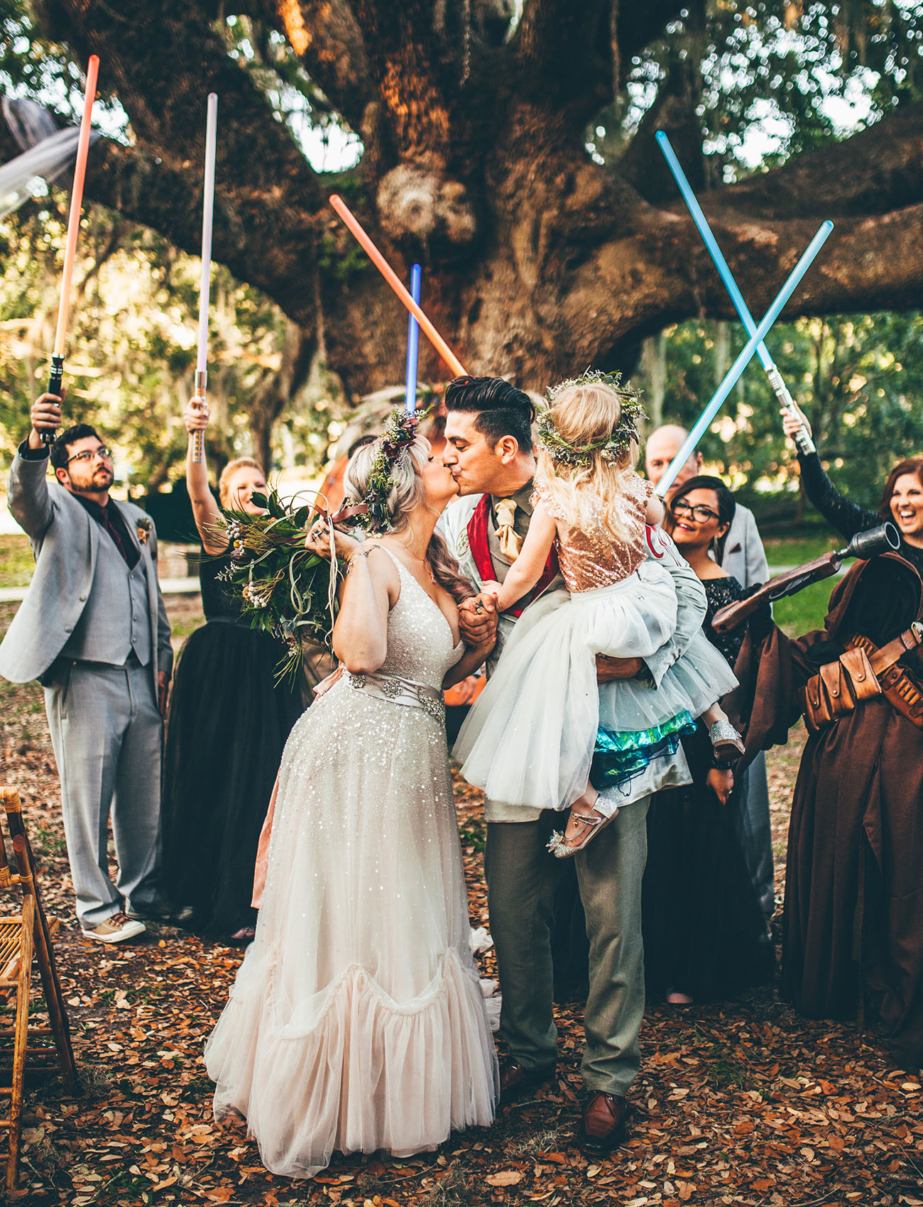 Star Wars Hochzeit  e With the Force An Out of this World Star Wars Themed