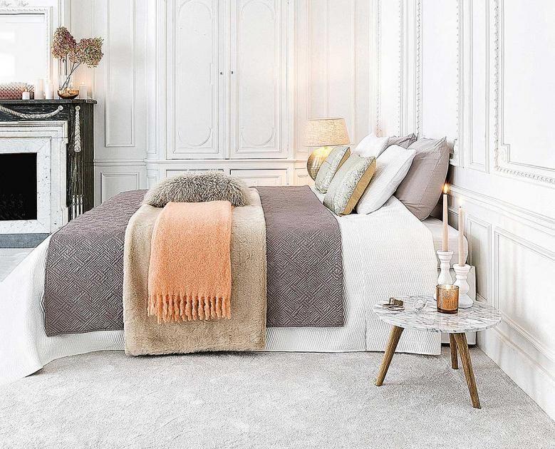 Tagesdecke Bett  Schlafzimmer einrichten und gestalten Tagesdecke statt