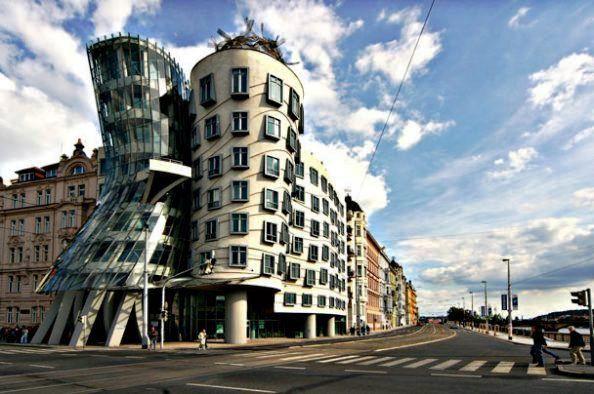 Tanzendes Haus Prag  ThomasNitsch