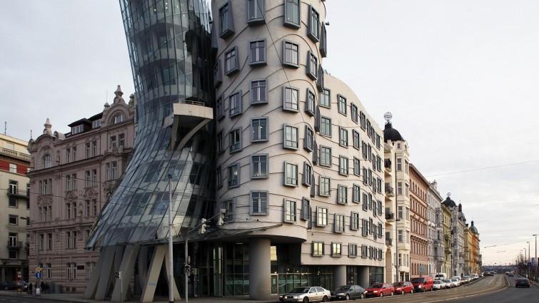 """Tanzendes Haus Prag  """"Tanzendes Haus"""" in Prag Streitobjekt wird zur"""