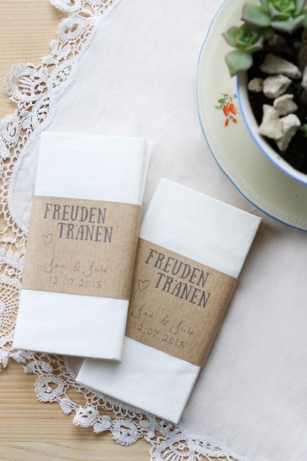 Taschentücher Hochzeit  Die besten 25 Rustikale tischkarten Ideen auf Pinterest
