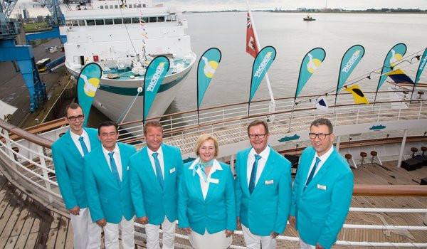 Thomas Gleiß Hochzeit  Unsere Mitarbeiter auf den Kreuzfahrt Schiffen hier