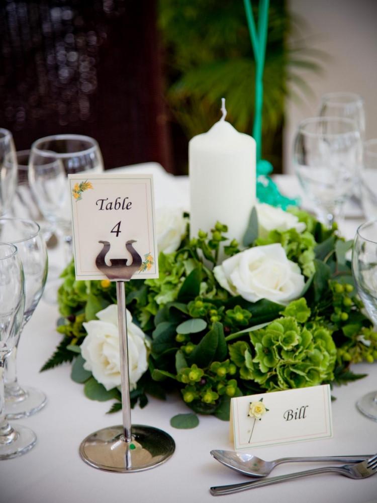 Tischdeko Hochzeit Grün Weiß  Sommer Tischdeko 41 Ideen für Urlaubsatmosphäre zu Hause