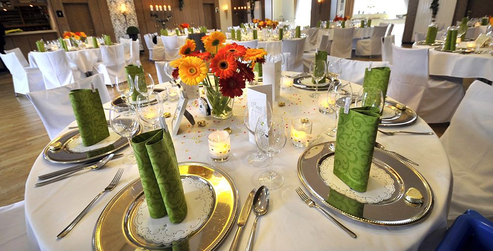 Tischdeko Hochzeit Runde Tische  Tischdeko für Hochzeit mit runden Tischen 2015 2016