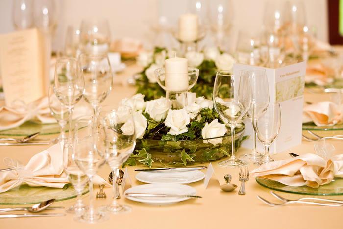 Tischdeko Hochzeit Runde Tische  Tischdeko Runder Tisch Runde Tische Hochzeit Tisch