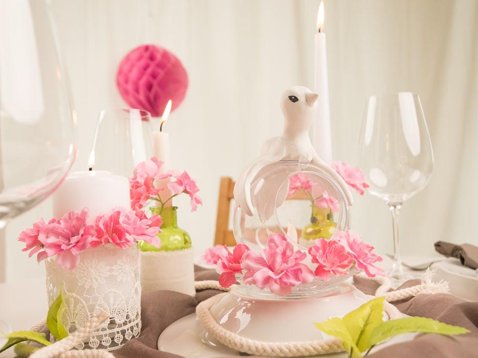 Tischdeko Hochzeit Runde Tische  Tischdeko für runde Tische – Tipps & Tricks – myprintcard