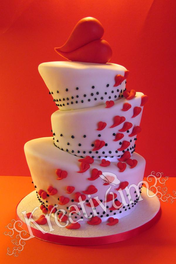 Topsy Turvy Hochzeitstorte  Besondere Anlässe 1 Topsy Turvy Hochzeitstorte mit Herzen